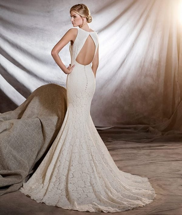 13934 Normans Bridal Gown