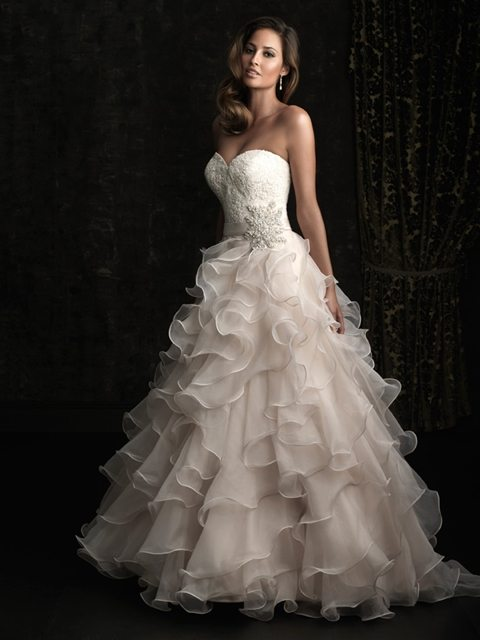 5542 Normans Bridal Gown