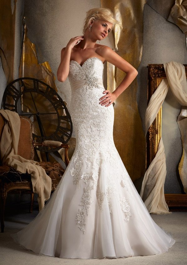 6747 Normans Bridal Gown